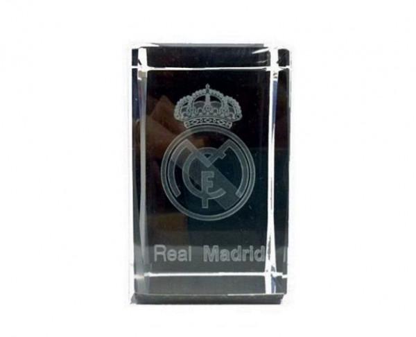 Cubo cristal con escudo Real Madrid grabado interior 3D